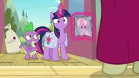 Twilight Sparkle's eye twitching S9E5