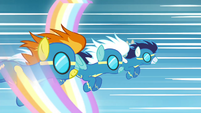 Wonderbolts in Let the Rainbow Remind You S4E26