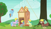 Applejack and students slowly finish the shed S8E9