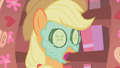 Applejack what in the world S01E08.png