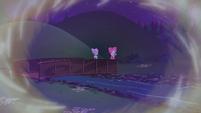 K-Lo and Su-Z walk across a bridge EGSBP