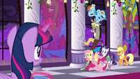 Ponies and Discord blocking the window S9E17