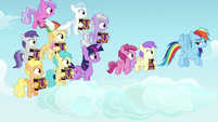 Rainbow Dash followed by her fan fillies S7E14