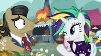 Rarity winking at Filthy Rich S7E19
