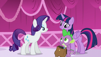 Spike with the bag of books --Both-- S5E22