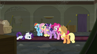 Twilight --things haven't gone perfectly so far-- S6E9