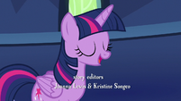 Twilight Sparkle -I've got a surprise for you- S7E14