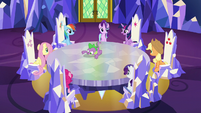 Twilight and friends assembled in the throne room S6E12