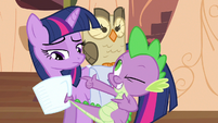Twilight sees catch S3E11
