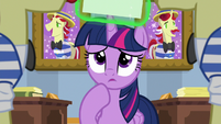 Twilight worried about her reputation S8E16