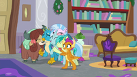 Young Six sharing a group hug S8E16