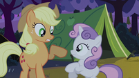 Applejack extricating leg from Sweetie Belle S2E05