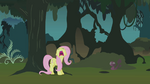 Fluttershy freaks out in the Everfree forest S1E17