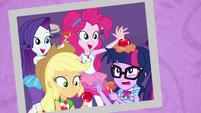 Photo of girls enjoying caramel apples EGROF