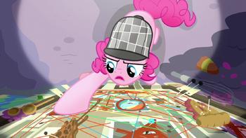 S07E23 Pinkie analizuje poszlaki na swojej tablicy