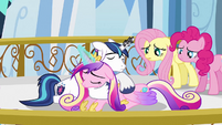 Shining Armor trying to soothe Cadance S3E2