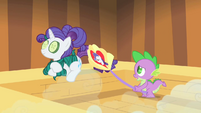Spike fanning Rarity S1E20