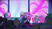 Sunset, Pinkie, and PostCrush playing music EGSBP