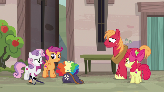 """File:Sweetie Belle """"we're pretty sure she likes you!"""" S7E8.png"""