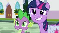Twilight and Spike looking hopeful S9E5