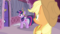 Twilight got rid of dresses S3E13