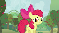 Apple Bloom wondering S5E04