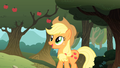 Applejack looking happy S01E18.png
