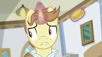 Destitute Pony looking nervous S8E16