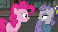 Pinkie Pie --Pie Sisters' Surprise Swap Day...-- S6E3