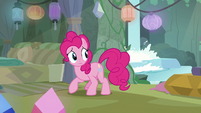Pinkie Pie doesn't see Maud anywhere S8E3