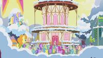 Ponies cheer S1E11