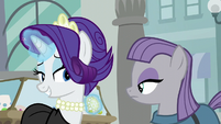 Rarity --I know you're a big fan of rocks-- S6E3