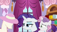 Rarity annoyed by Sweetie Belle's interruption S8E12