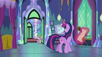Spike enters Twilight's bedroom S7E1