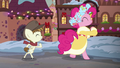 Spirit of HW Presents and Featherweight tap-dance S6E8.png