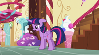 Twilight -I put too much pressure on her- S5E11