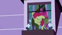 Apple Bloom opening her window S8E25