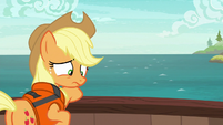 Applejack feeling ashamed S6E22
