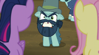 Big Daddy McColt says --Hooffields!-- derisively S5E23