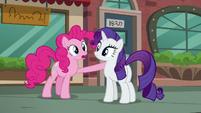 Pinkie --...always blows mine away!-- S6E3