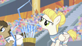 Pizzelle firing ice arrows S4E24.png