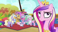 Princess Cadance rolling her eyes at Twilight S7E22