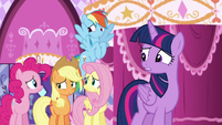 Rarity's friends worried about Rarity reading the newspaper S6E9