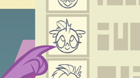 Spike pointing to picture of Ocellus S8E2