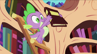 Spike with a book S2E06