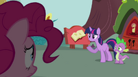 Twilight 'Excuse me' S3E03