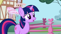 Twilight -Where is this unicorn-- S1E06