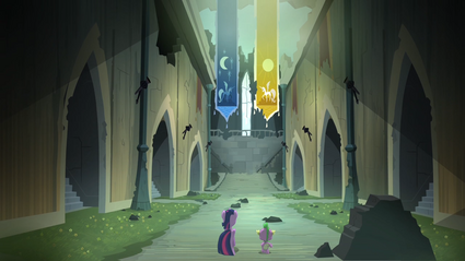 Twilight and Spike walking inside the castle S4E03