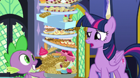 "Twilight confused ""outdoors?"" S8E24"