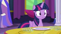 Twilight looking at Starlight S06E06